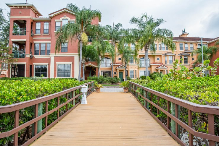 Bellagio Clubhouse Clearwater, Florida Commercial Landscaping Photo